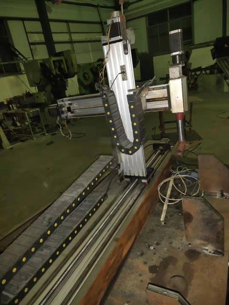 Trục Z máy CNC