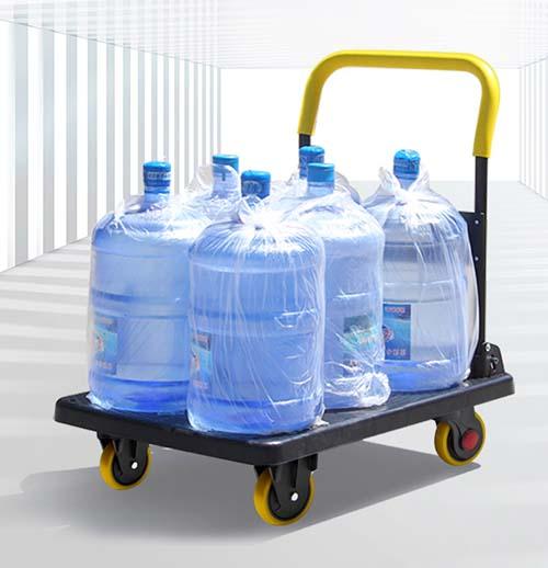 chở thùng nước